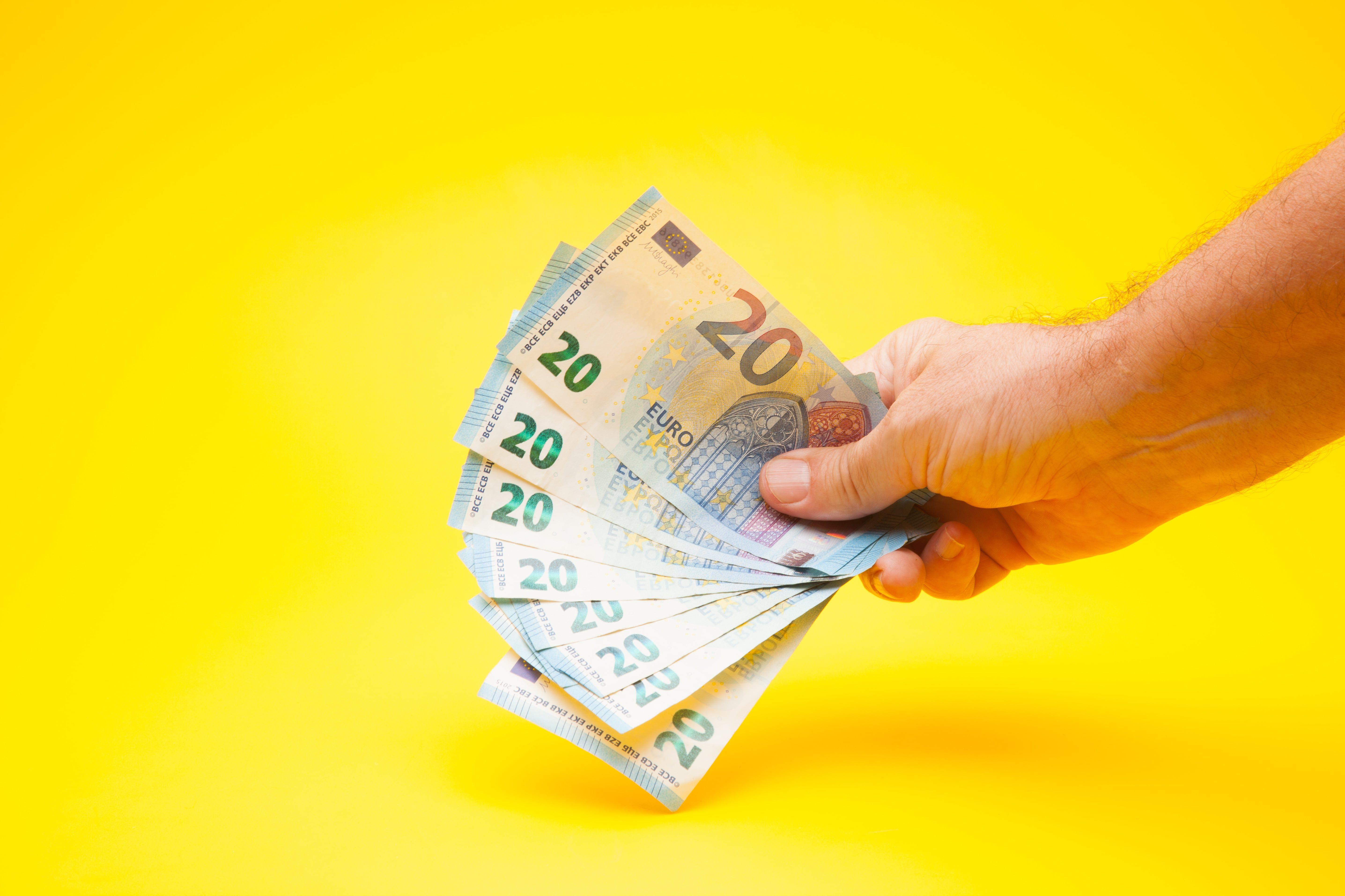 Como declarar rendimentos do exterior no Imposto de Renda?